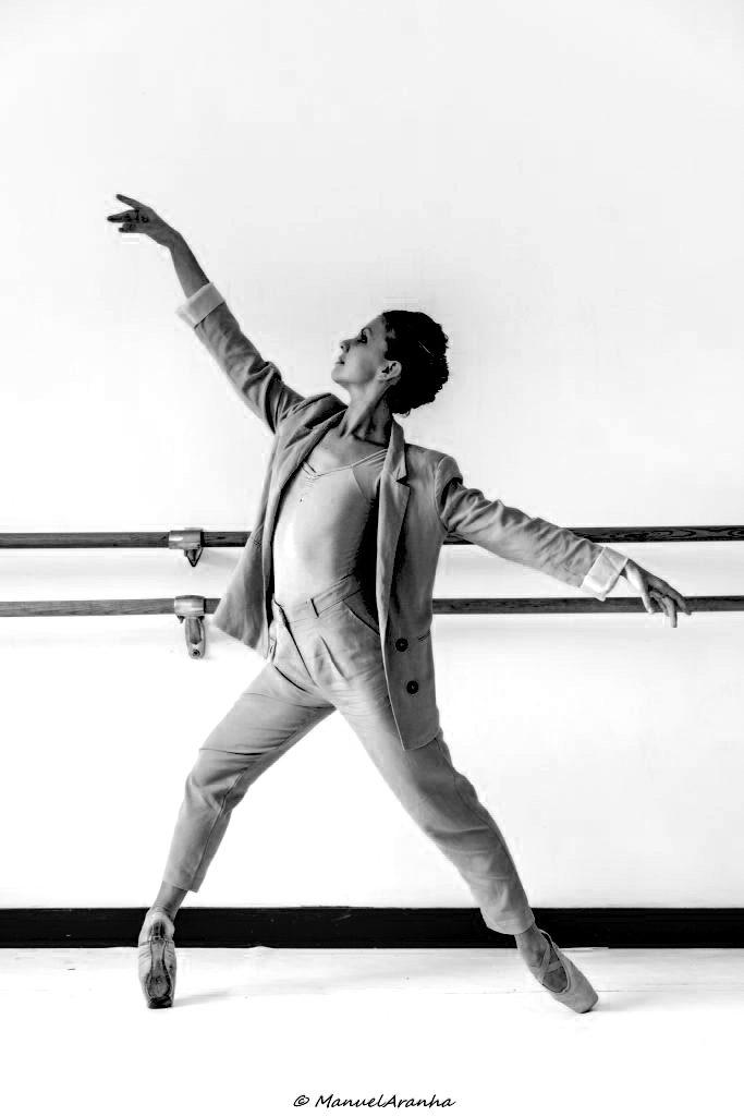 école de danse l'atelier chorégraphique bordeaux jessica conti directrice artistique chorégraphe professeur de danse classique