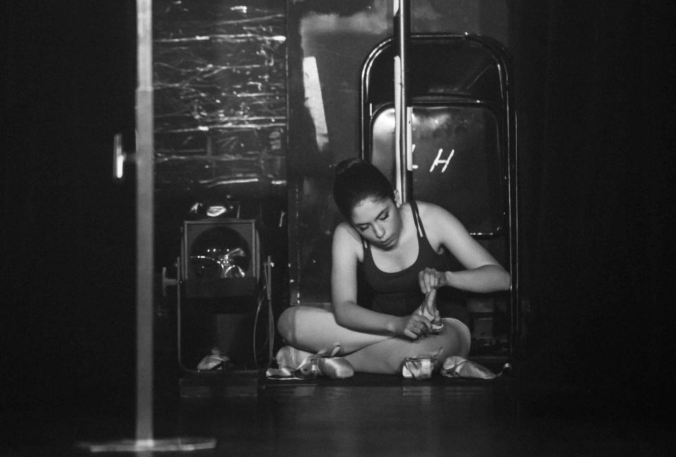 Backstage2-6